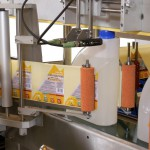 labelmachine, flessen etiketteren